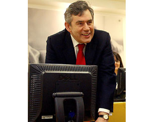 Gordon Brown joins Twittering celebs