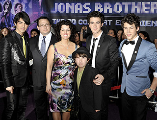 Family affair for Jonas Brothers at DVD launch
