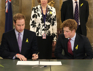 William and Harry pay respects to wildfire victims