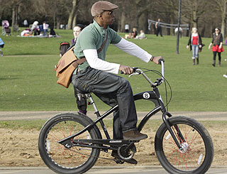 Ian Wright gets on his bike in Hyde Park
