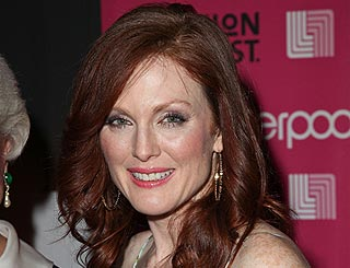 Julianne Moore to play Hillary Clinton in new TV film