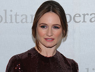 English beauty Emily Mortimer pines for native home