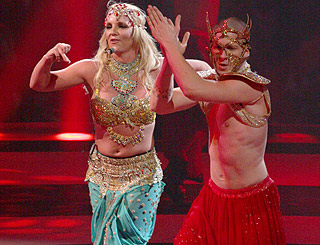 Britney Spears gets close to backing dancer on tour