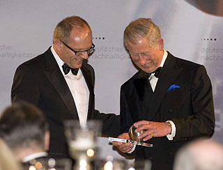 Charles honoured for environmental efforts in Berlin