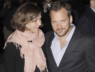 Maggie Gyllenhaal weds actor love Peter Sarsgaard