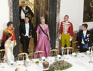Danes deliver pomp and splendour in honour of Greek guest
