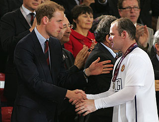 Wills commiserates with Wayne after Man U lose in Europe