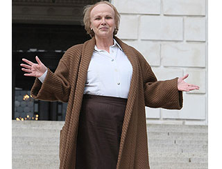Julie Walters brings late Secretary of State back to Stormont