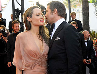 Angelina Jolie warms to Brad Pitt's suggestion of marriage