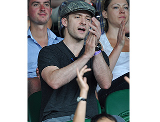 JT flies the flag for US as he supports pal Andy Roddick at tennis