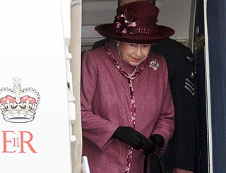 Queen to buy £3m private jet in attempt to cut travel costs