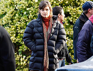 Katie Holmes 'shaken' after narrowly escaping on-set fire