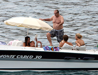 St Tropez regular Jack Nicholson hasn't lost his zest for life at 72