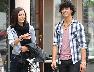 End of the line for Joe Jonas and actress love Camilla