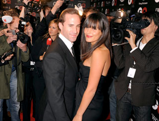 Joseph Fiennes weds his Swiss model love in Tuscany