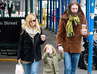 Kate Hudson's ex-husband to be a dad ag