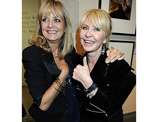 How do they do it? Stunning Twiggy and Lulu roll back the years