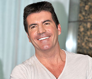 An incredible 179 mirrors on the wall for Simon Cowell