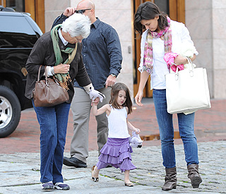 Style setter Suri Cruise goes wild on a girls day out