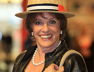 Esther Rantzen promises Luton fun new image
