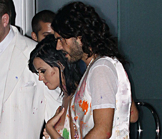 Colourful birthday for Katy Perry with Russell Brand