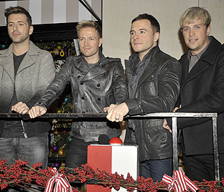 Westlife boys ask Jedward for autographs
