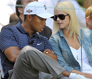 'It's my fault,' says Tiger Woods on mystery car crash
