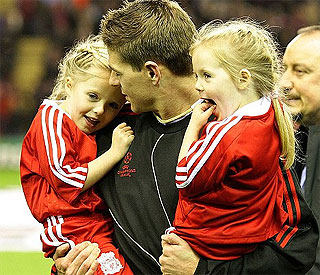 Steven Gerrard's adorable girls melt hearts at Anfield