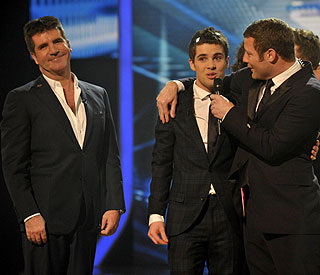 Simon Cowell: anti-'X Factor' campaign is 'hate mob'
