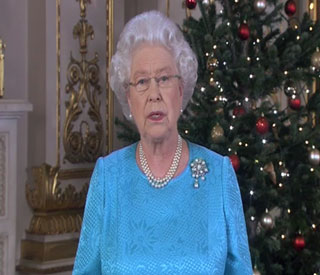 Queen pays tribute to troops in her Christmas message