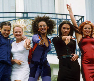 Simon Fuller announces Spice Girls musical