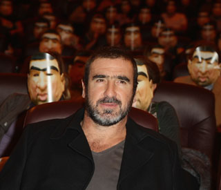 Eric Cantona to make stage debut as trapped man