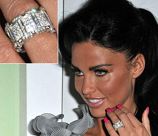 First glimpse of Katie Price's Las Vegas sparkler
