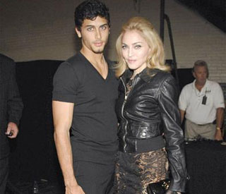 Madonna helps secure record deal for Jesus Luz