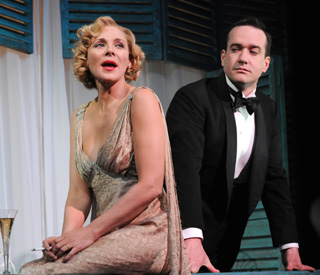Kim Cattrall returns home to make London stage debut