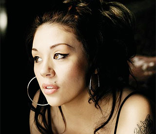 Mutya Buena applies for ownership of Sugababes name