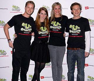 Princess Beatrice and pals prepare for charity run