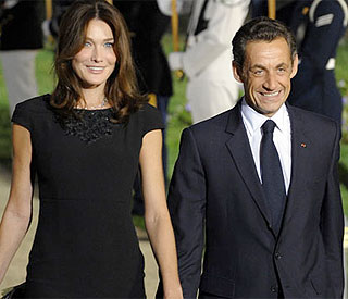 'I don't pay attention,' says Carla Bruni on affair rumours