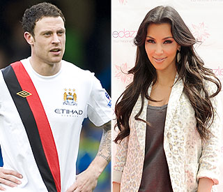 Wayne Bridge scores date with Kim Kardashian