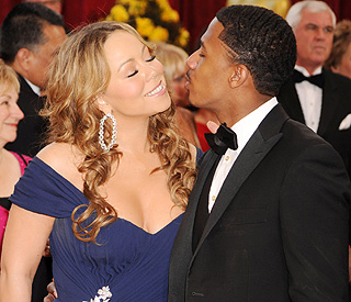 Mariah Carey and Nick Cannon renew marriage vows