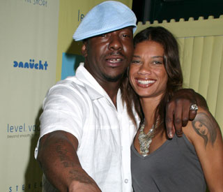 Bobby Brown proposes to girlfriend on stage