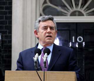 Gordon Brown to quit as Labour leader