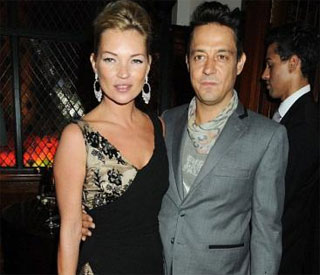 Kate Moss hires hypnotherapist to help get pregnant