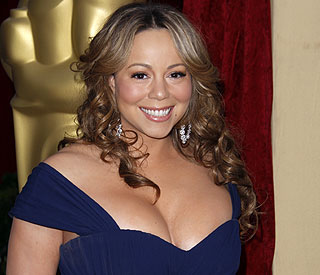 Mariah Carey turns firewoman in Egypt