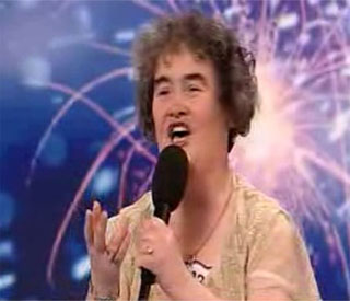 Susan Boyle invited to play dinner lady on Glee