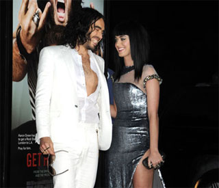 Russell Brand doesn't want any wedding presents