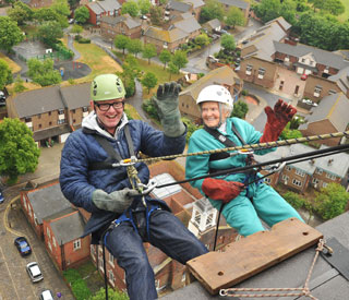 Chris Evans joins 96-year-old in Portsmouth abseil