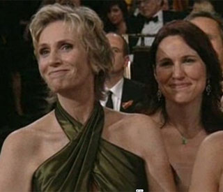 Glee actress Jane Lynch marries long-term love Lara