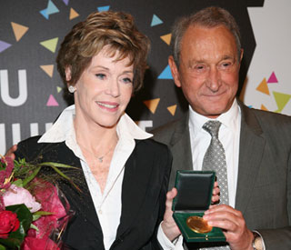 Jane Fonda receives special French award