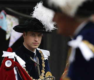 Prince William dons robes at Order of Garter service